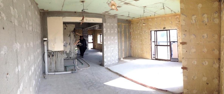 解体工事後のマンション内部