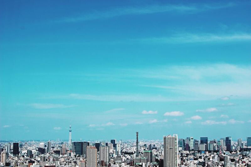 高所から見た東京の空