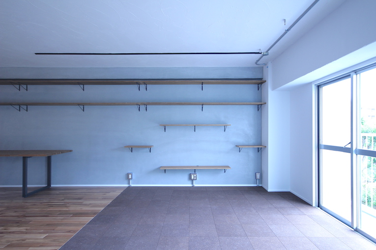自由設計リノベーションの造作棚