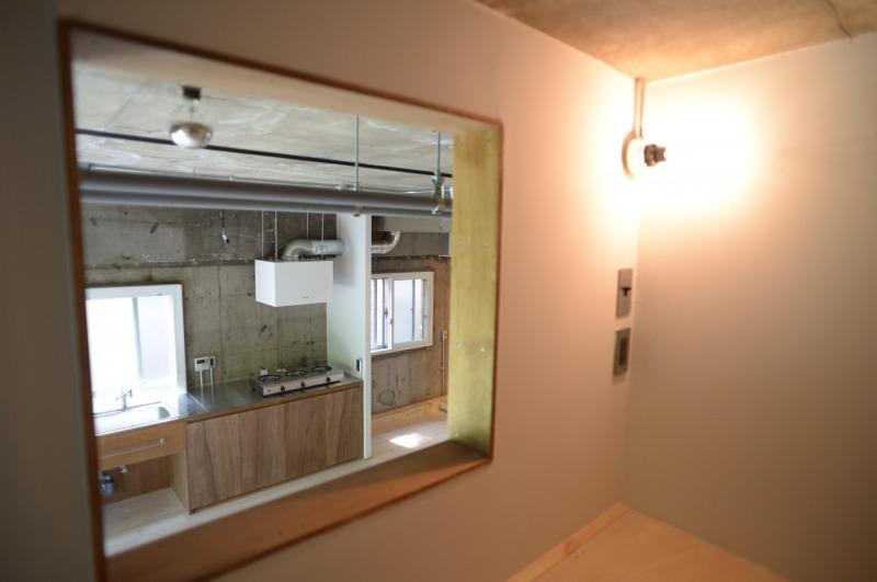 木場のリノベーション事例個室窓