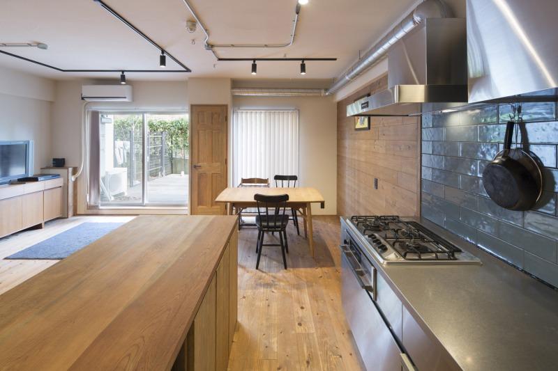 根岸のリノベーション事例キッチンとカウンター