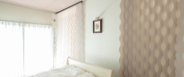 橋本の中古マンションのリノベーション後のベッドルームと通路