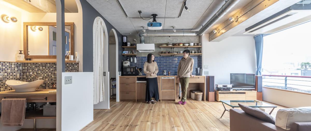 石川町の中古マンションのリノベーション後のダイニングキッチン