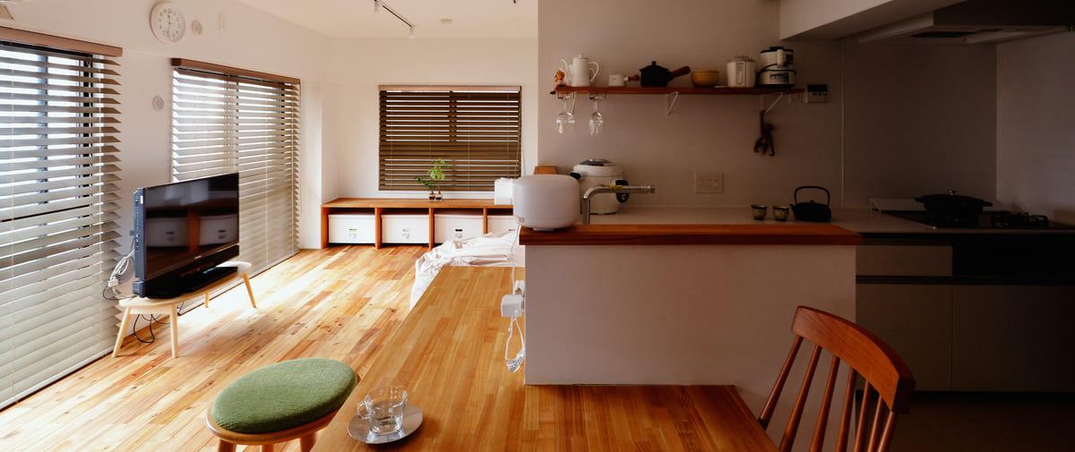 高井戸の中古マンションのリノベーション後のリビングとキッチン