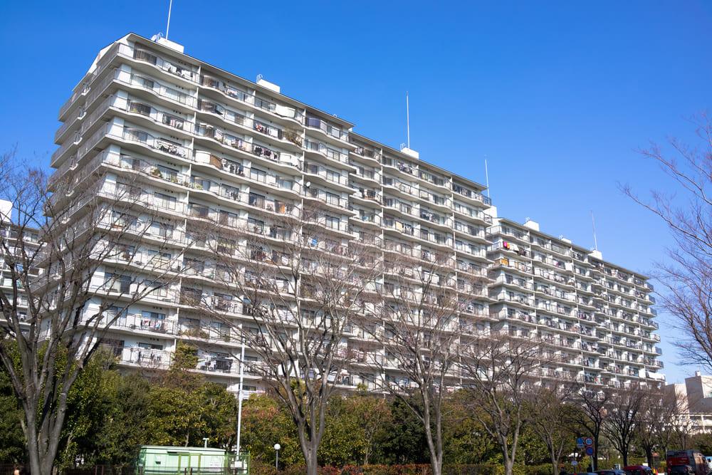 築50年マンションってどう?いつまで住めるかと購入の注意点を解説