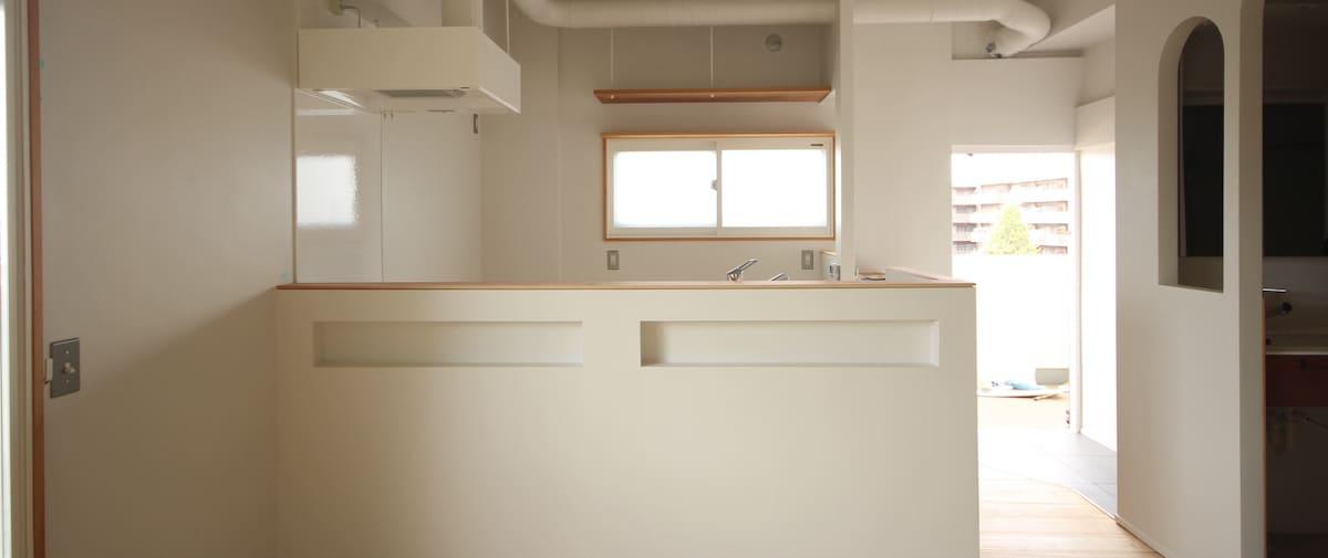 駒込の中古マンションのリノベーション後の正面から見たキッチン