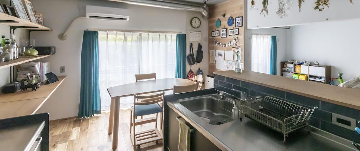 北戸田の中古マンションのリノベーション後のキッチンから見たダイニング