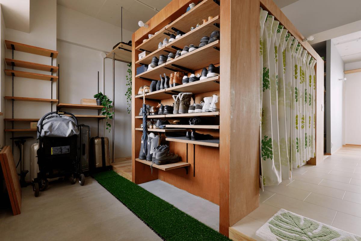 玄関土間と造作棚のリノベーション